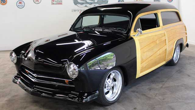 1951_ford_custom_country_squire_2_door_station_wagon-video